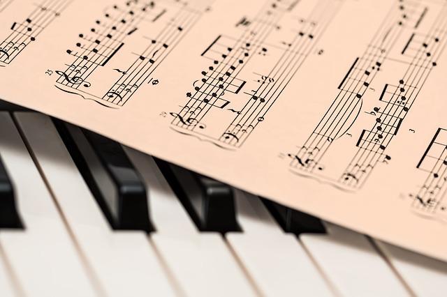 """""""קה ריבון"""" - הסינגל השלישי והחדש מתוך אלבומו השני """"ניגוני השבת כצל'ה"""""""
